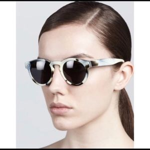 Illesteva new in case and dust bag sunglasses